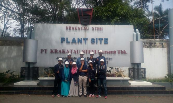 Rektor UTS beserta Mahasiswa Teknik Metalurgi dan Material di PT Krakatau Steel