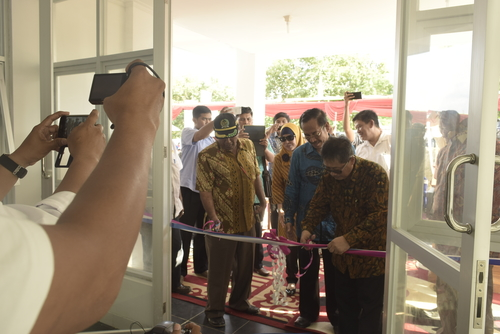 "Dirjen Penyediaan Perumahan Kementrian PUPR RI Resmikan Rusunawa Asrama ""Olat Maras"" Mahasiswa UTS"