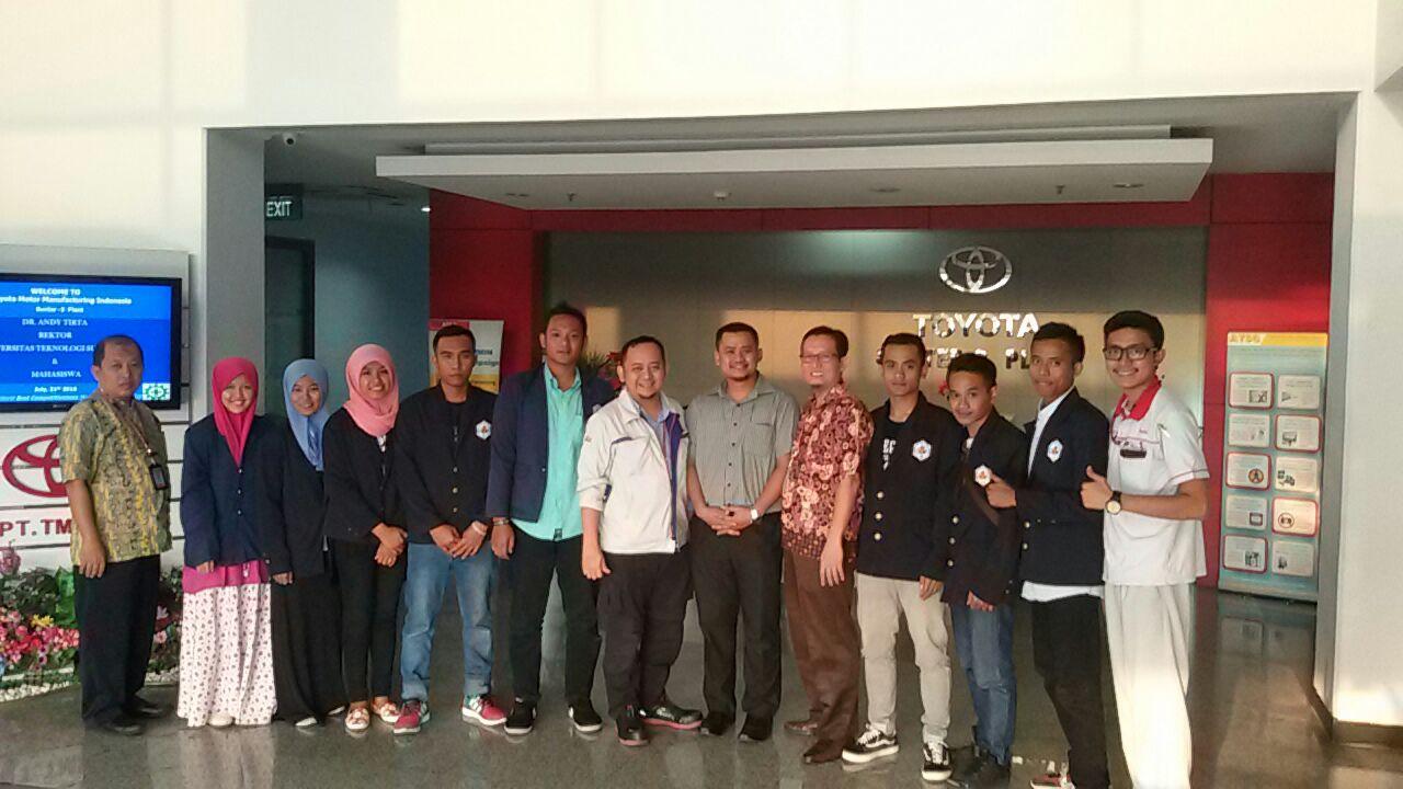 Mahasiswa Metalurgi dan Material UTS Study Tour Ke Jakarta (Hari Kedua)