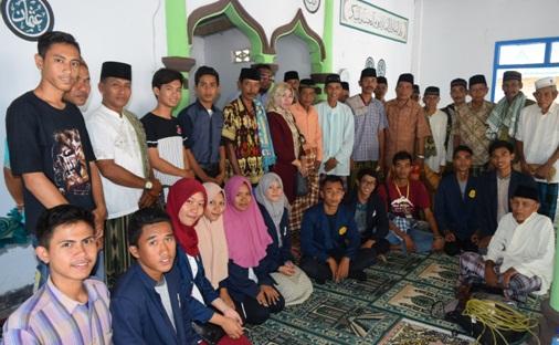 AWS Goes to Masjid