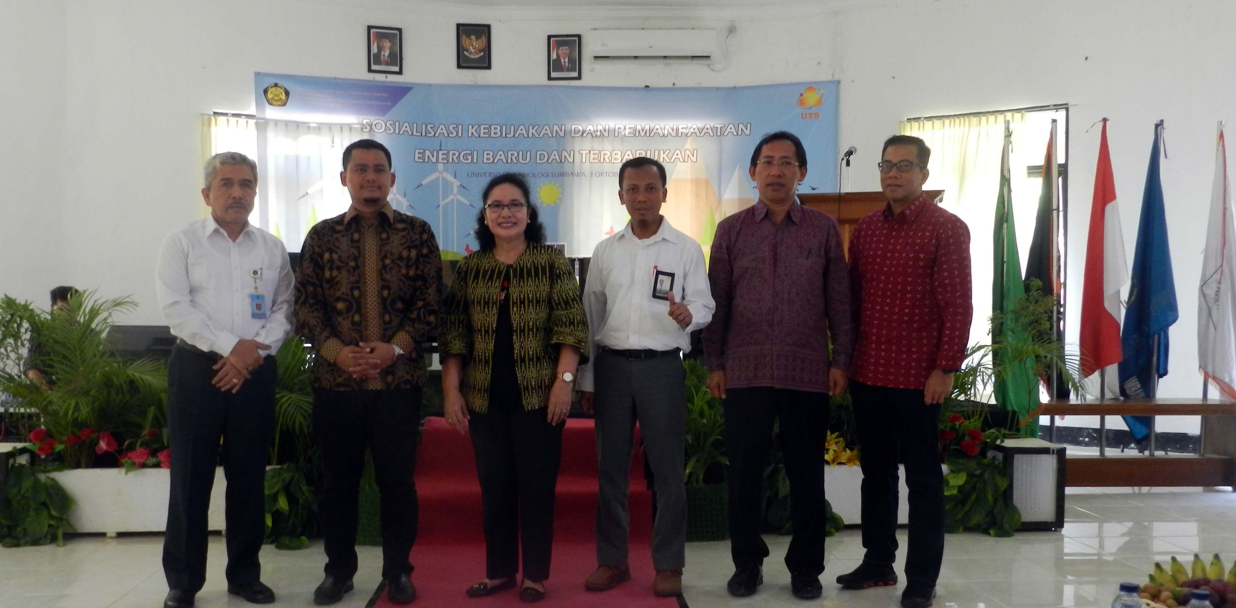Direktur ESDM dan Jajarannya bersama Rektor UTS